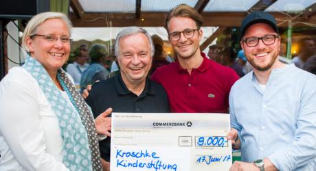 Das größte Benefizfußballturnier - Kroschke Cup Ahrensburg