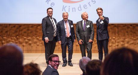 Die Kroschke Kinderstiftung feierte ihr 25-jähriges Jubiläum in der Hamburger Elbphilharmonie.